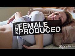 Blonde Kim Masturbating In The Tub