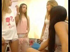 Young Russian Teen Girls - WebCam Show - FreePo...