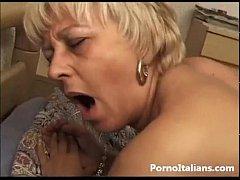 Pecorina con nonna italiana