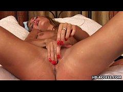 Sexy Monica dildo insertion!