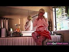 Girls Out West - Sexy Aussie blondie masturbates