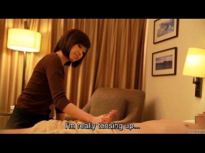 【ギャル見せつけ動画】ホテルに呼んだエロマッサージの美人お姉さんに勃起チ◯ポを見せつけてハメる!
