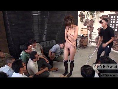 星崎アンリがファンの前で全裸オマンコ御開帳を披露してハメ撮りw♪