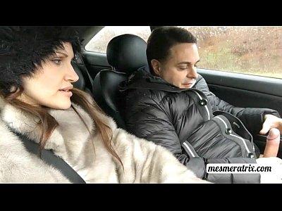 Public Fetish xxx: Mesmeratrix makes a HANDJOB to Andrea Diprè in the CAR!!! Very dengerous!!!