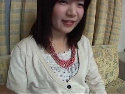 【ロリ】ロリ顔のお姉さんにクンニ最後!