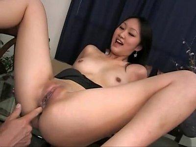 Asian Gostosa xxx: japinha linda no anal
