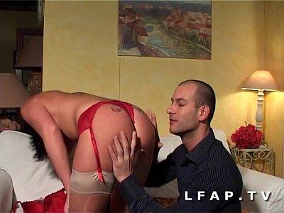 Mature a trouvé un jeune baiseur - Video sur