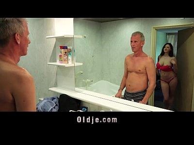 Dog n man com dog o dawn darmowe dawnloding zwierzęcy seks gairl formacie 3gp df gstring