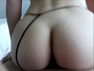 Flagra de sexo brasileiro moreninha sendo comida e pagando boquete