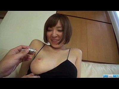 椎名ヒカルの美ボディーが玩具の刺激で紅潮してきた!無修正動画