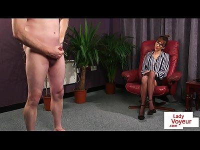 Stockings Voyeur xxx: British cfnm voyeur instructing sub to tug