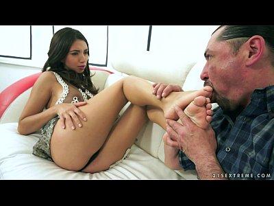 Bigcock Bigdick Cumshot video: Hot Frida Sante Pissing after Facial Cumshot