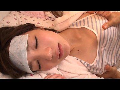 風邪で高熱な姉を近親相姦レイプする鬼畜な姉弟の弟-鈴村あいり