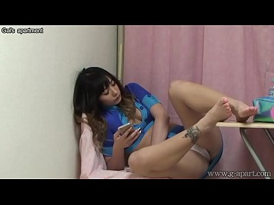 Japanese Voyeur Webcams video: Peeping the Japanese Lower Body from Under the Desk