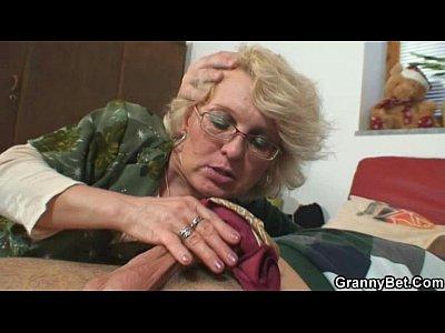 Sex Oral Cu O Baba Disperata Dupa Pula