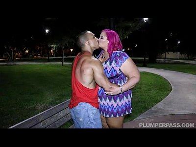 Milf Busty Fucks video: Busty BBW MILF Meets Stranger in Park and Fucks