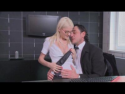 Anal Blowjob Boobs video: Von der Kollegin verführt zum fremdgehen