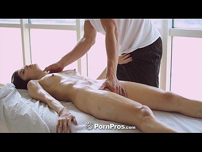 PornPros - Hot Asian beauty Elana Dobrev gets a sexy rub down