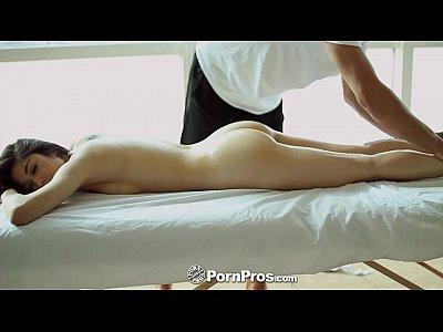 Pornpros - Hot Asian Beauty Elana Dobrev Diventa Sexy Strofinare