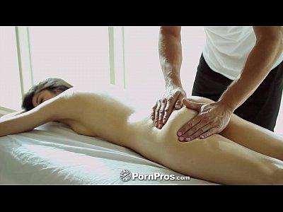 Pornpros - Hot Asian Beauty Ιλένα Dobrev Παίρνει Σέξι Τρίψτε Κάτω