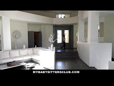 Mybabysittersclub Catturati In Una Babysitter Che Si Masturba