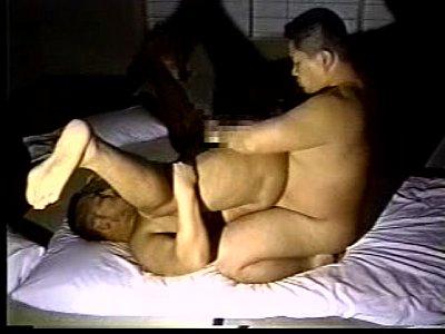 【bldouga】昭和のホモビ ゆるぽのアニキ達が和室でぽちゃボディを揺らしてアナルセックス
