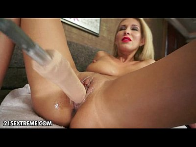 Fingering Blonde Sologirl video: The Machine Girl