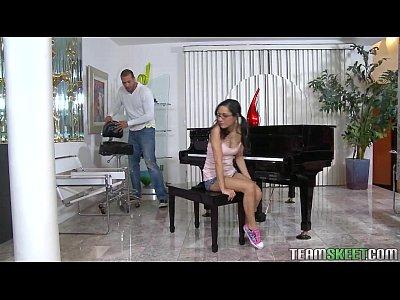 Exxxtrasmall Petite Latina Teen Tia Cyrus Stretto Figa Hardcore Sesso