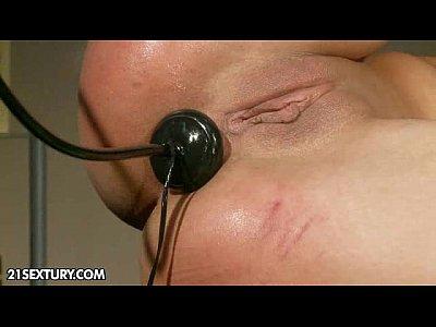 Hardcore Sex Brunette video: Let me teach you a lesson