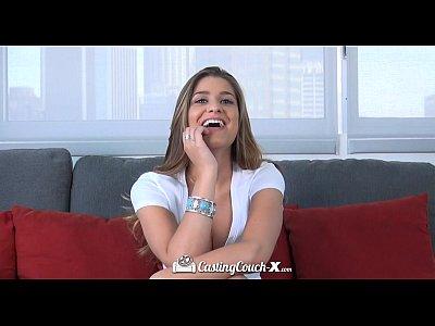 Hd - Castingcouch-X Teddi يحصل مارس الجنس للمرة الأولى على الكاميرا