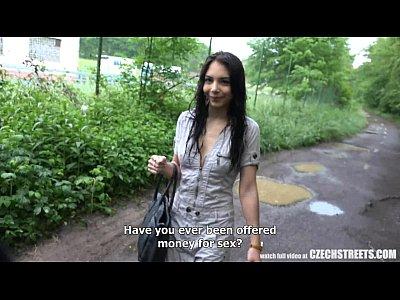 جميلة التشيكية في سن المراهقة خداع Bf نقدا