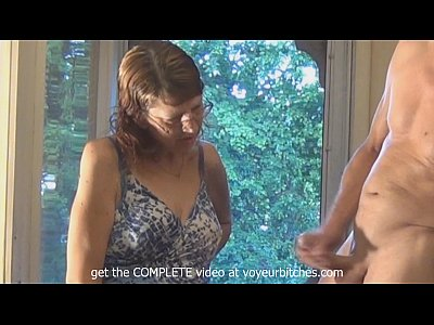 Flashing Wanking movie: old skank watches man beat off