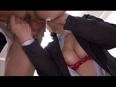 【人妻動画】清楚毛ヤリマン若妻が会社内の男たちとがんがんセックスをする【xvideos】