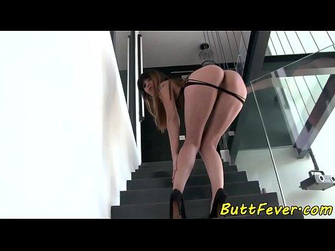 Eurobabe assfucked doggystyle