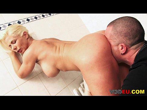 Filme Porno Fete Virgine Legate De Maini Sunt Violate