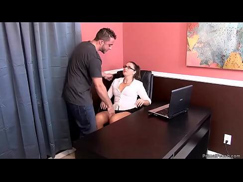 Filme Porno Cu Monica Columbeanu Fututa Pe La Spate