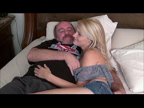 Fica Ceea De 20 Ani Prostituata Fututa De Tatal Ei