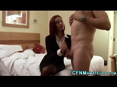 Futai Cu O Roscata Destul De Tanara Ce Se Vede Actrita Porno