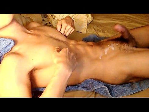 порно парень кончает без рук