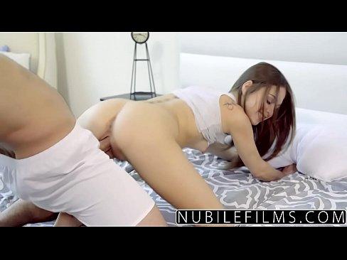 Filme Porno Cu Barbi Vedeta Straina Fututa De Un Pusti