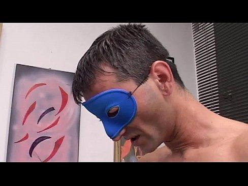 Casal Amador Aceita Se Filmado De Mascara Durante Sexo – Flagra Casal Amador