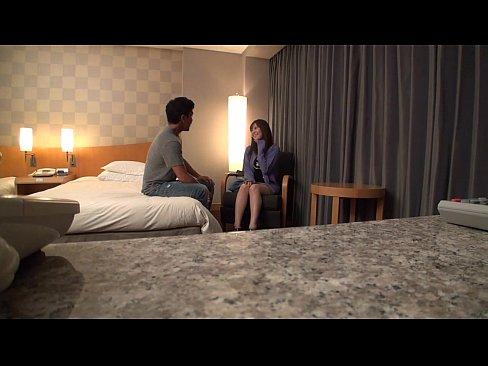 ホテルにて、色白の美人の無料主婦動画。色白美人女子とホテルで濃厚セクース