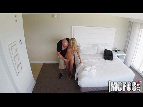 Film Porno Cu Viol Xxx Cu Matura Blonda Violata La Mare