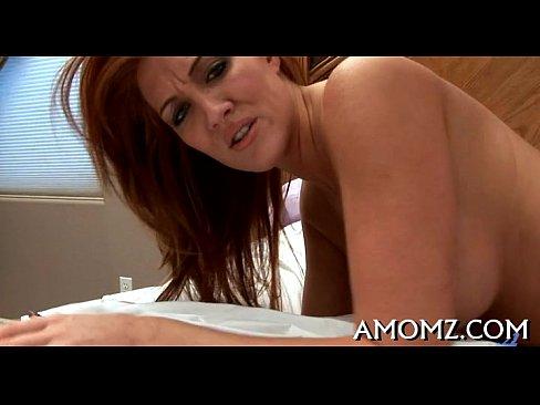 Порно видео онлайн введение в уретру предметов фото 643-558