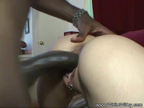 Interracial BBC Latina MILF Anal