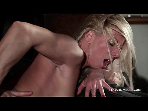 Lara de Santis, blonde italian milf!