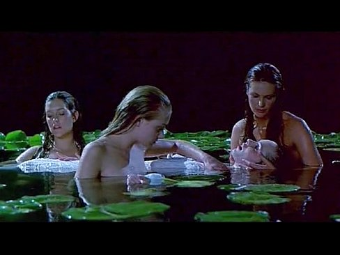 Elle MacPherson, Kate Fischer &amp_ Portia De Rossi &amp_ Tara Fitzgerald - Sirens (floating pond)