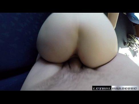 Actrita Porno Xxx Se Fute Prin Masini Cu Sefi