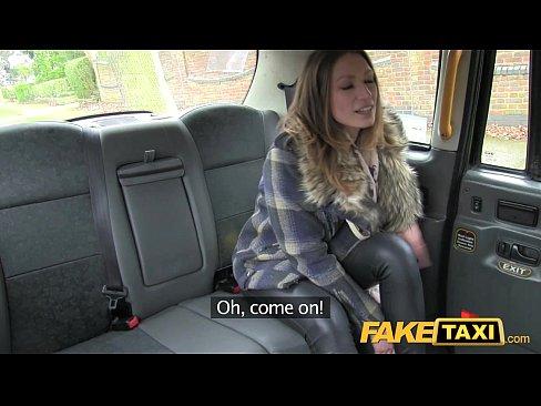 Taxista Fake Apenas Chupando Meu Pau