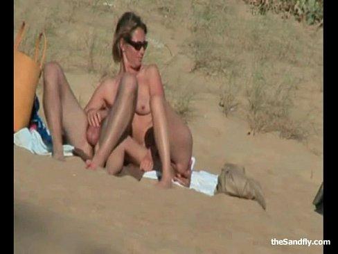 трансы ебутся идрочат на пляже